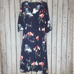 NWT Suzanne Betro floral dress